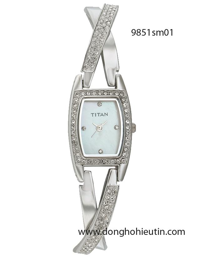 Đồng hồ đeo tay nữ Titan